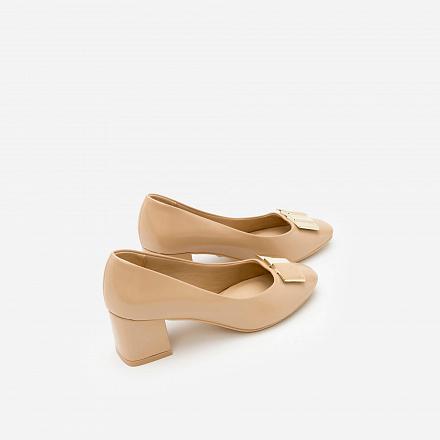 Giày Bít Gót Vuông BMT 0440 - Màu Be