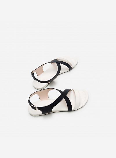 Giày sandal đế bệt SDK 0263 - Màu Trắng - VASCARA