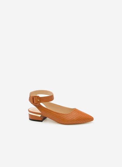 Giày Bít Gót Vuông BMN 0254 - Màu Nâu - vascara.com