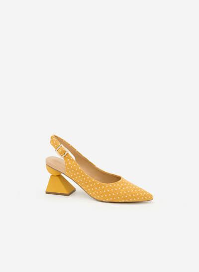 Giày Mặt Trời Phương Đông BMN 0311 - Màu Vàng - VASCARA