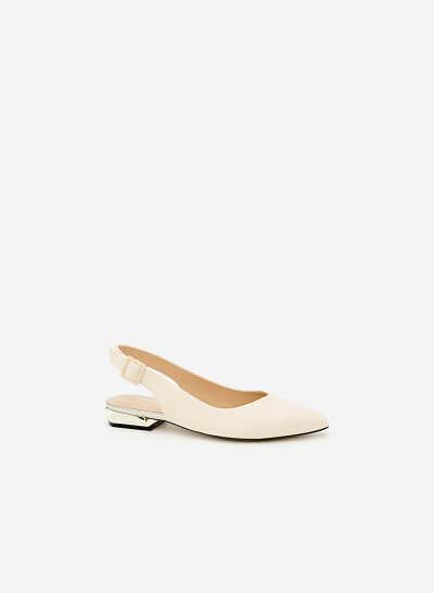 Giày Bít Gót Vuông BMN 0274 - Màu Kem