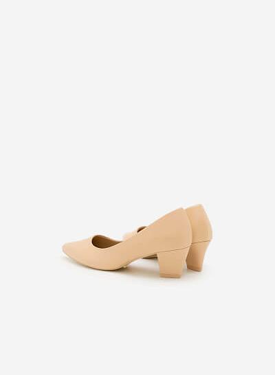 Giày Bít Gót Vuông BMN 0277 - Màu Kem - vascara