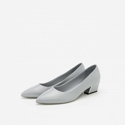 Giày Bít Gót Vuông BMN 0278 - Màu Xám Nhạt