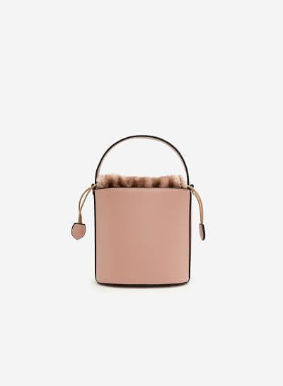 Bucket Bag viền lông - SAT 0215 - Màu Hồng - VASCARA