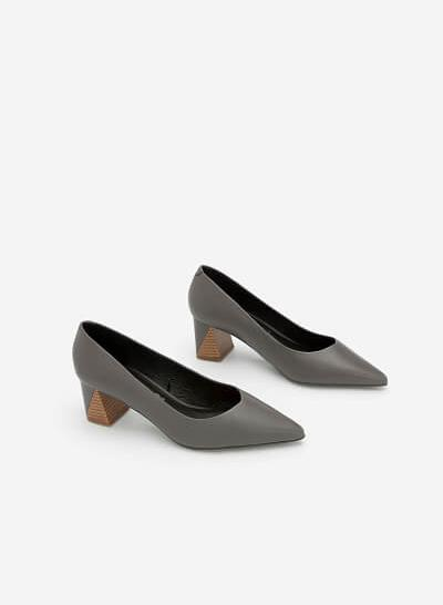 Giày Bít Mũi Nhọn Gót Vuông - BMN 0336 - Màu Xám - VASCARA