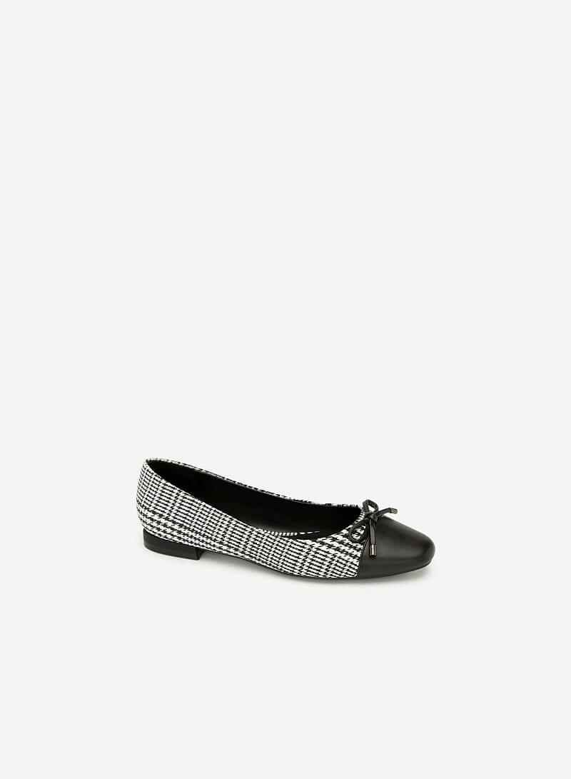 Giày Bít Đính Nơ Họa Tiết Caro - BMN 0388 - Màu Đen - VASCARA