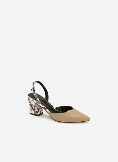 Giày Slingback Mũi Nhọn Họa Tiết Hoa - BMN 0408 - Màu Be Đậm