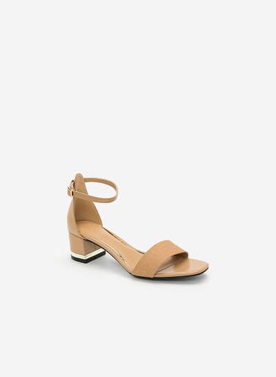 Giày Sandal Gót Vuông Quai Cổ Chân - SDN 0629 - Màu Be - vascara