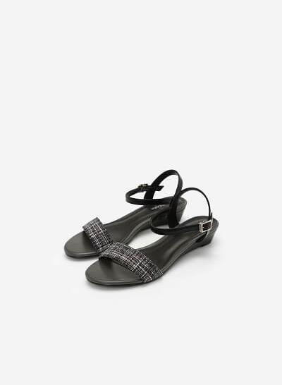 Giày Sandal Quai Ngang - SDX 0407 - Màu Đen - vascara.com