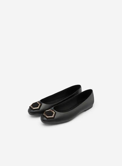 Giày Búp Bê Mũi Tròn Phối Khóa Cài - GBB 0411 - Màu Đen - vascara.com