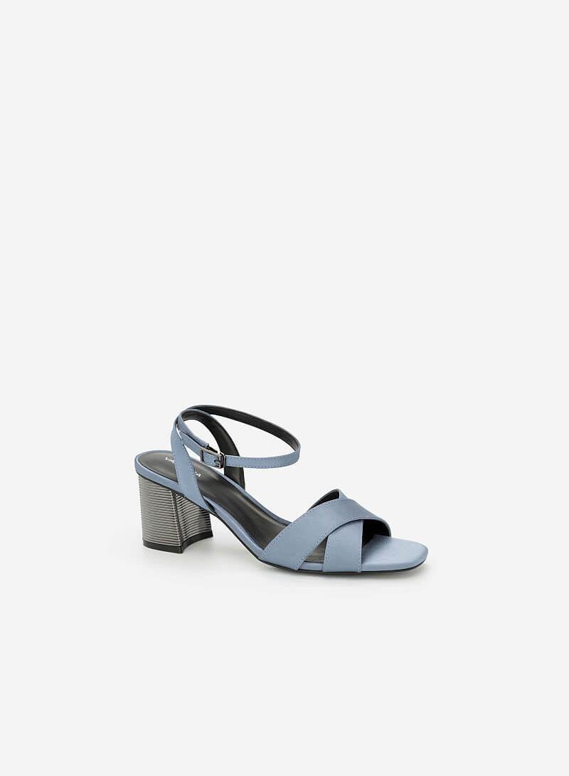 Giày Sandal Gót Metallic Phối Vải Satin - SDN 0641 - Màu Xanh Da Trời - vascara