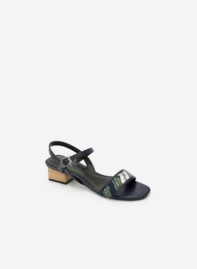 Giày Sandal Họa Tiết Nhiệt Đới - SDN 0633 -Màu Xanh Navy - vascara.com