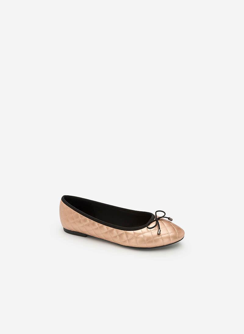 Giày Búp Bê Nhấn Chỉ Nổi Hình Học Ánh Metallic - GBB 0410 - Màu Vàng Hồng - vascara