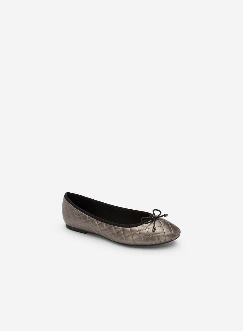 Giày Búp Bê Nhấn Chỉ Nổi Hình Học Ánh Metallic - GBB 0410 - Màu Xám Khói Đậm - VASCARA