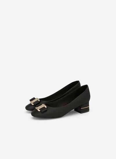 Giày Bít Mũi Phối Nơ Kim Loại - BMN 0401 - Màu Đen - VASCARA