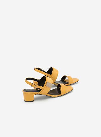 Giày Sandal Phối Khóa Cài Quai To - SDN 0642 - Màu Vàng - VASCARA