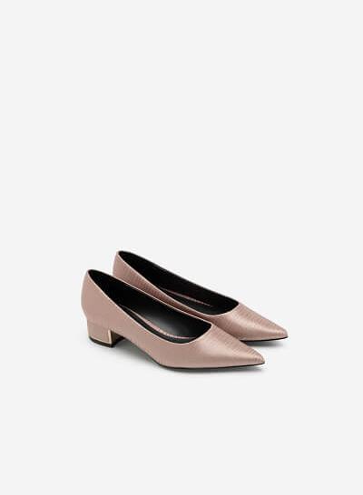 Giày Bít Mũi Nhọn Satin Vân Nổi - BMN 0435 - Màu Be Đậm - VASCARA