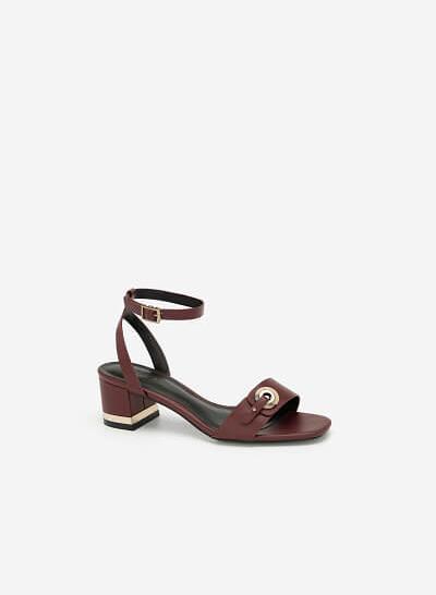 Giày Sandal Cao Gót Quai Cài Khuy Tròn Cẩm Thạch - SDN 0649 - Màu Đỏ Đậm