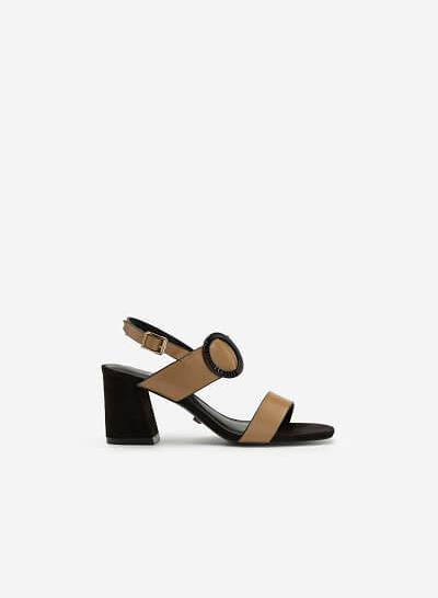 Giày Sandal Cao Gót Trang Trí Vòng Kim Loại - SDN 0656 - Màu Be Đậm - VASCARA