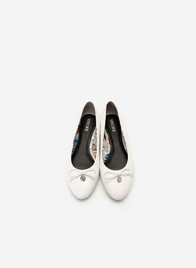 Giày Búp Bê Đính Nơ Phối Họa Tiết Nhiệt Đới - GBB 0417 - Màu Trắng - VASCARA
