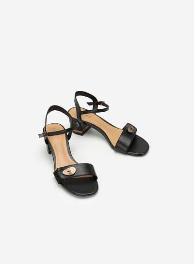 Giày Sandal Quai Phối Nubuck Trang Trí Kim Loại - SDN 0665 - Màu Đen - VASCARA