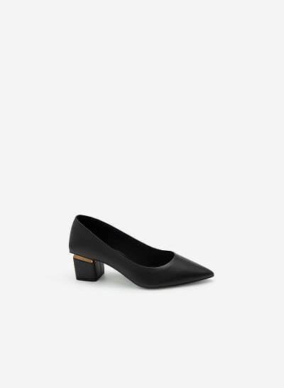 Giày Bít Mũi Nhọn Gót Trụ Phối Kim Loại - BMN 0459 - Màu Đen