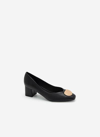 Giày Gót Vuông Phối Khóa Cài Hình Tròn - BMN 0454 - Màu Đen