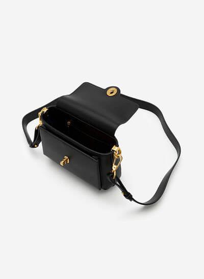 Túi Đeo Chéo Nắp Gập Khóa Cài Oval - SHO 0167 - Màu Đen - VASCARA