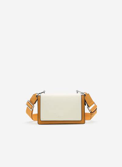 Túi Hộp Phối Nắp Trắng Dây Fabric - SHO 0173 - Màu Vàng Đậm