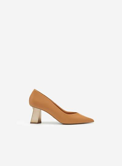 Giày Bít Mũi Nhọn Gót Đa Giác Metallic - BMN 0478 - Màu Nâu Sáng