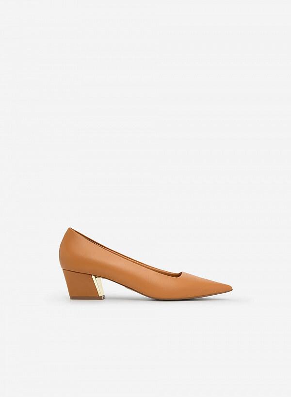 Giày Bít Mũi Nhọn - BMN 0488 - Màu Nâu Sáng